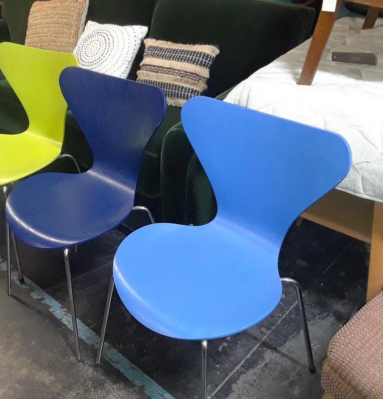 Mid-Century Modern 1 Vintage Series 7 Chair by Arne Jacobsen for Fritz Hansen For Sale
