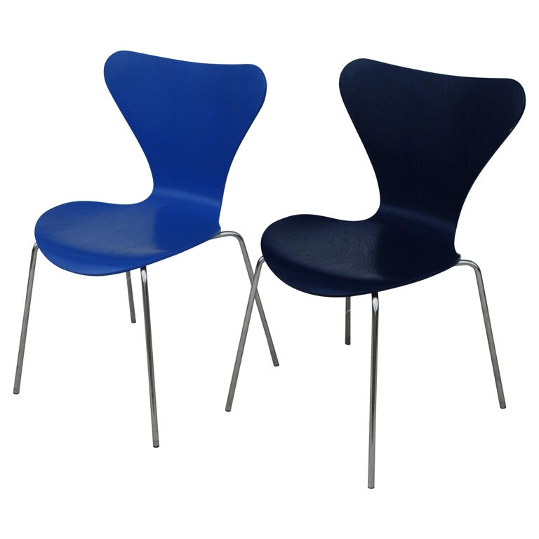 1 Vintage Series 7 Chair by Arne Jacobsen for Fritz Hansen For Sale