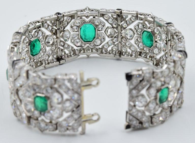 10 Carat Columbian Emerald Bracelet in Platinum AGL Certified 20 Carat 1920s Era For Sale 1