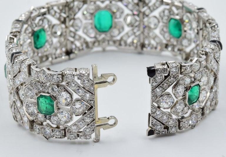 10 Carat Columbian Emerald Bracelet in Platinum AGL Certified 20 Carat 1920s Era For Sale 2
