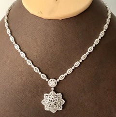 10 Carat Diamond Flower Necklace 18 Karat White Gold Bridal