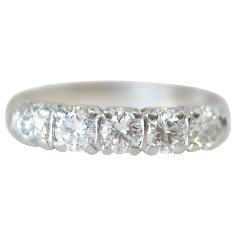 1.0 Carat Diamond Platinum 5-Stone Band, circa 1940s For Sale