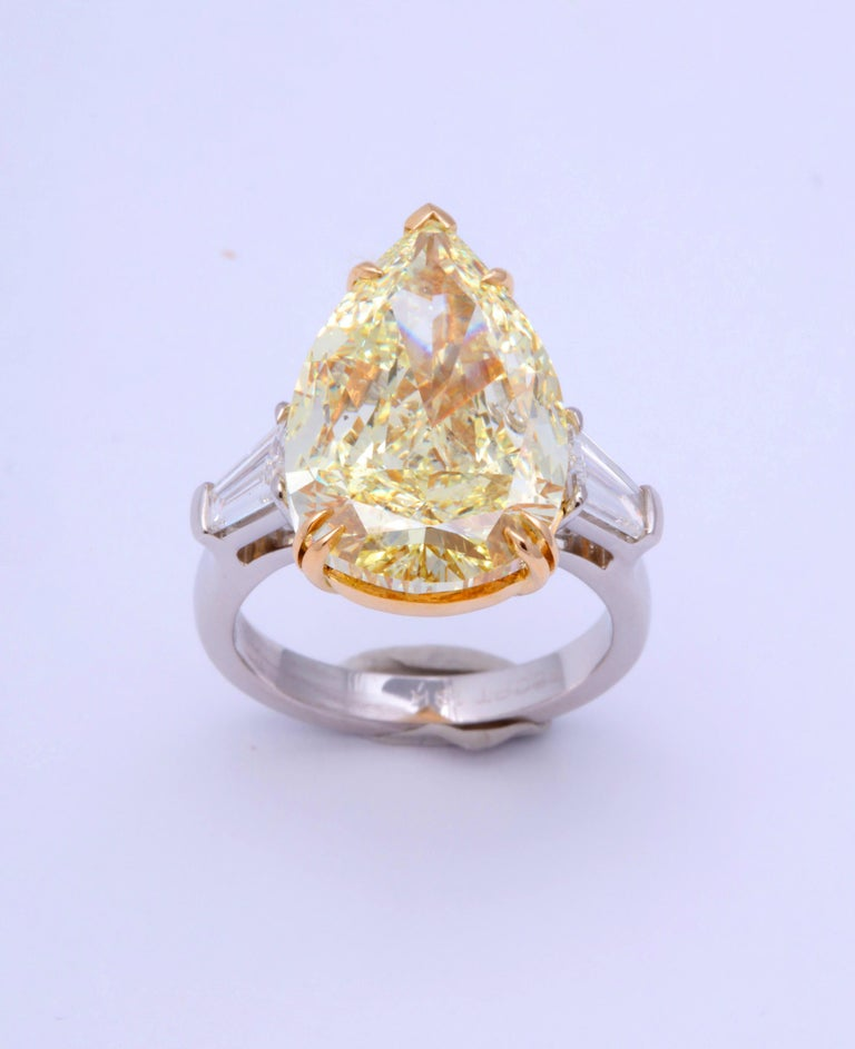 10 Carat Fancy Yellow Pear Shape Ring GIA Certified For Sale 5