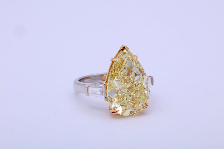 10 Carat Fancy Yellow Pear Shape Ring GIA Certified For Sale 3