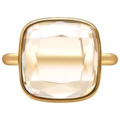 10 Carat Rock Crystal 14 Karat Yellow Gold Casual Ring