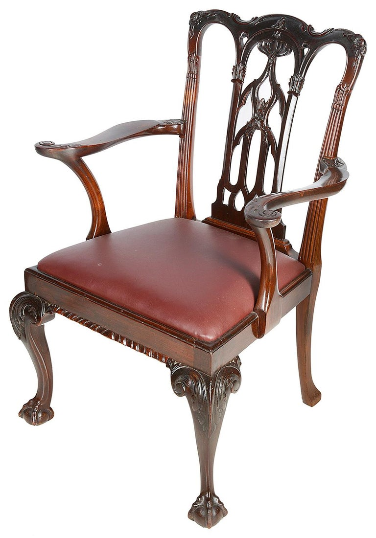 English 10 Chippendale Revival Mahogany Dining Chairs, circa 1900 For Sale