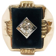 10 Karat Art Deco Diamond Onyx Ring, circa 1940s