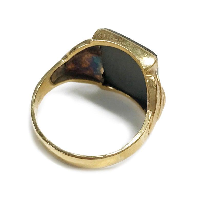 10 Karat Art Deco Hematite Intaglio Ring, Circa 1930s In Good Condition For Sale In Palm Desert, CA