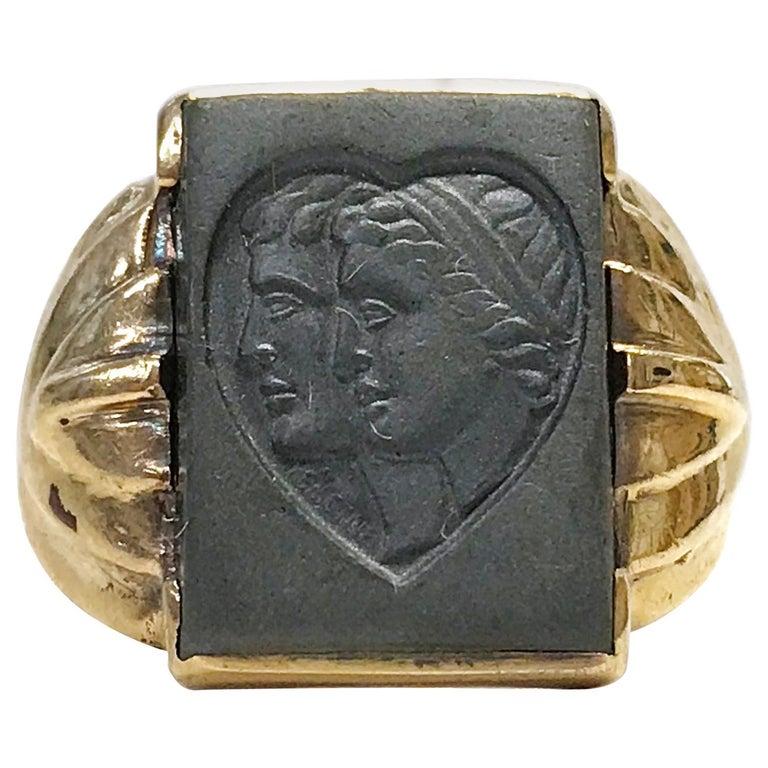 10 Karat Art Deco Hematite Intaglio Ring, Circa 1930s For Sale