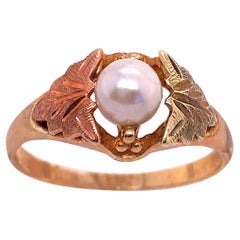 10 Karat Yellow and Rose Gold Fashion Pearl Ring