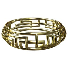 10 Karat Yellow Gold 90 Degrees Bangle