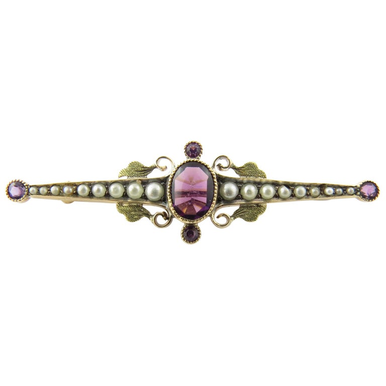 10 Karat Yellow Gold Amethyst and Pearl Pin or Brooch For Sale