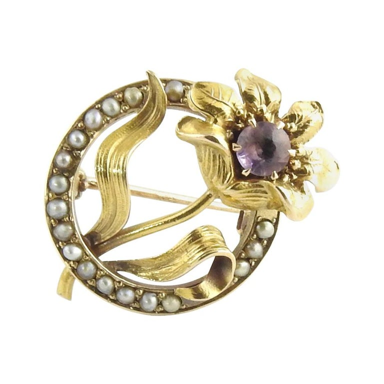 10 Karat Yellow Gold Amethyst and Seed Pearl Brooch / Pin For Sale