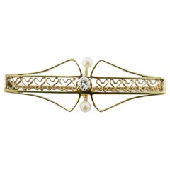 10 Karat Yellow Gold and Pearl Brooch or Pendant