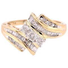 10 Karat Yellow Gold Diamond Fashion Ring