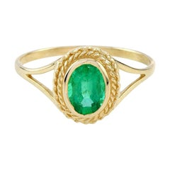 Catherine Victorian Rope Edge Emerald Cocktail Ring in 10K Yellow Gold
