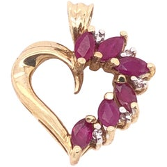 10 Karat Yellow Gold Heart Pendant with Amethyst and Diamonds