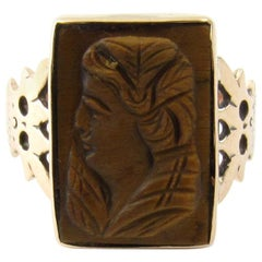 10 Karat Yellow Gold Tiger's Eye Cameo Ring