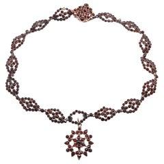 10 Karat Yellow Gold Vintage Garnet Necklace