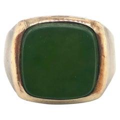 10 Karat Yellow Gold Vintage Nephrite Jade Signet Ring