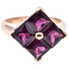10 Karat Yellow Gold Vintage Rhodolite Garnet Ring