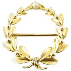 10 Karat Yellow Gold Wreath Pin or Brooch