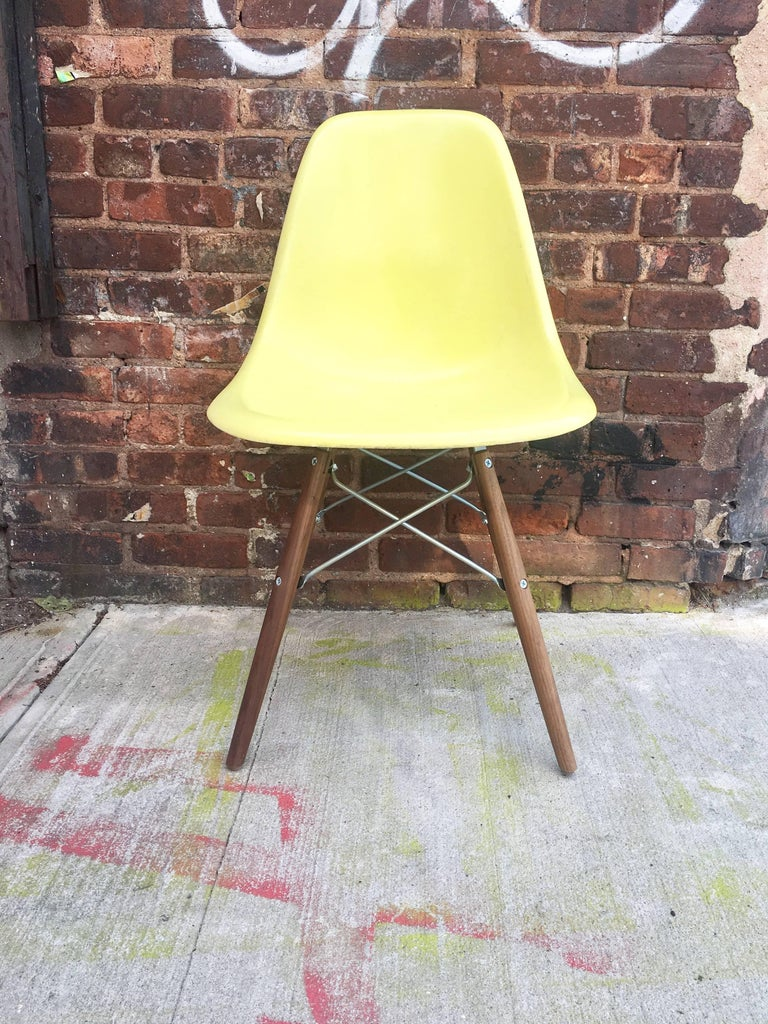 American 10 Multicolored Herman Miller Eames Dining Chairs For Sale
