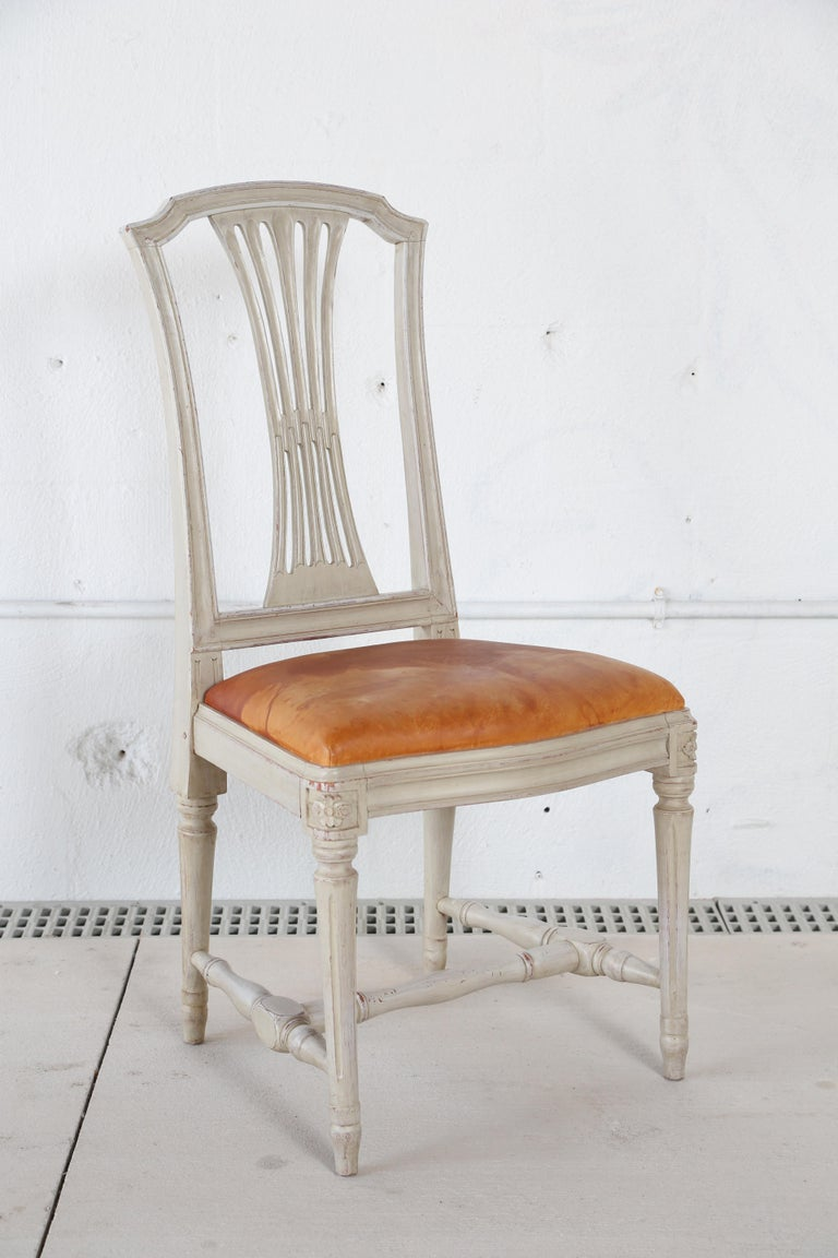 Painted 10 Swedish Gustavian Style painted Dinning Chairs, Mid-20th Century For Sale
