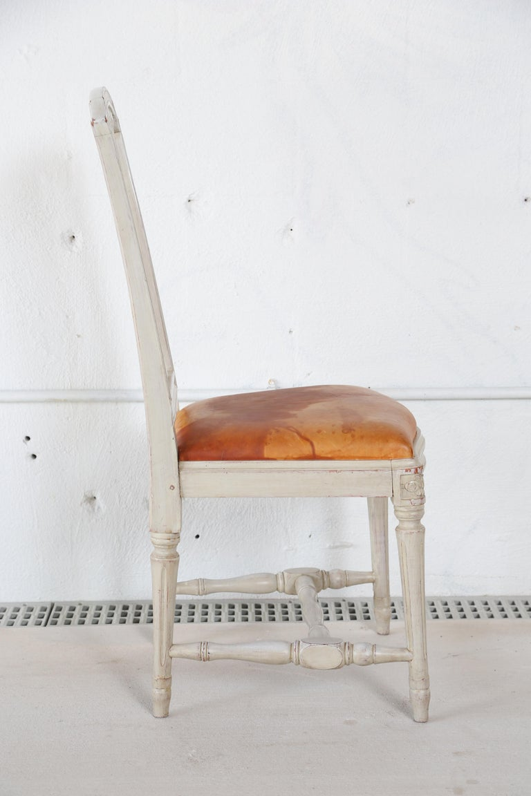 10 Swedish Gustavian Style painted Dinning Chairs, Mid-20th Century For Sale 3