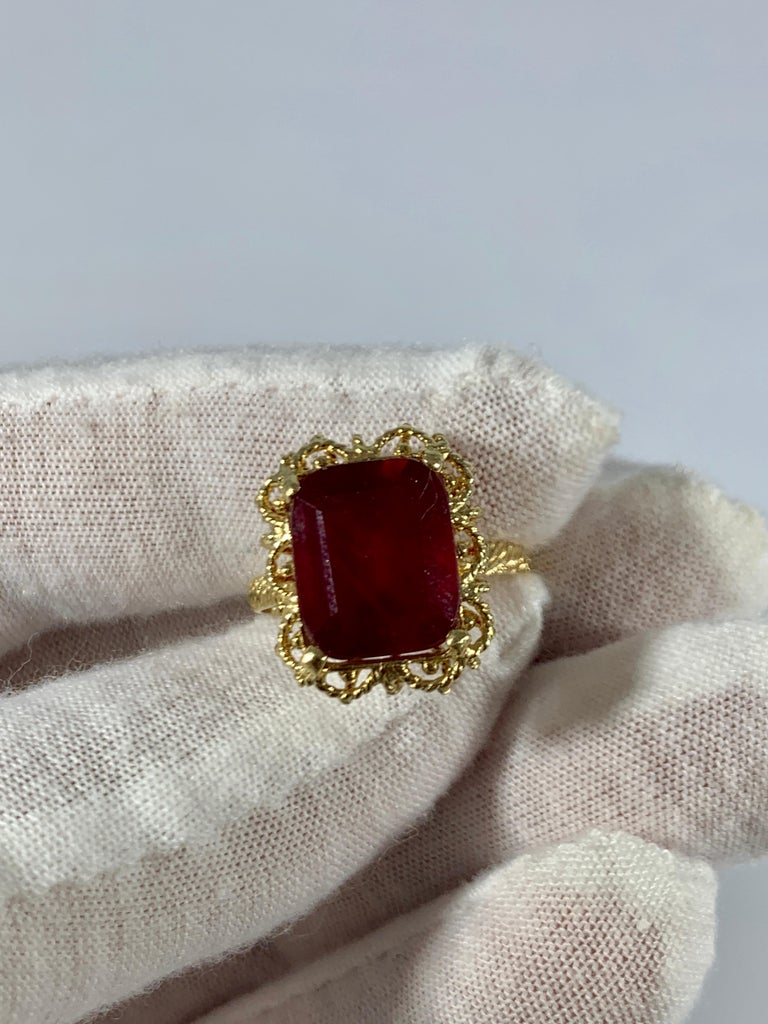 Emerald Cut 7 Carat Treated Ruby 18 Karat Yellow Gold Ring For Sale 5