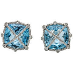 1.00 Carat 18 Karat White Gold Blue Topaz Diamond Stud Earrings