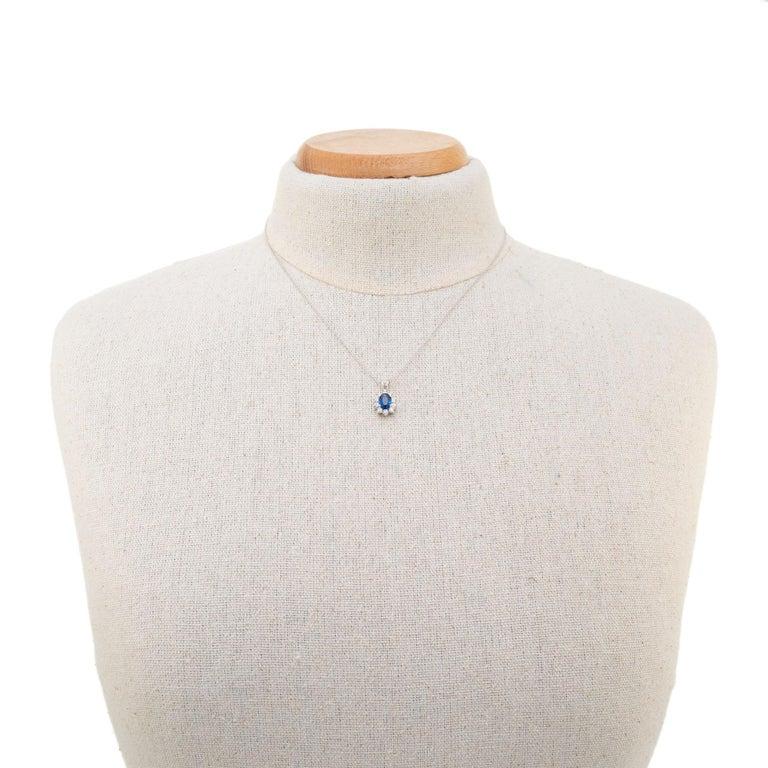 Women's 1.00 Carat Blue Sapphire Diamond White Gold Pendant Necklace For Sale