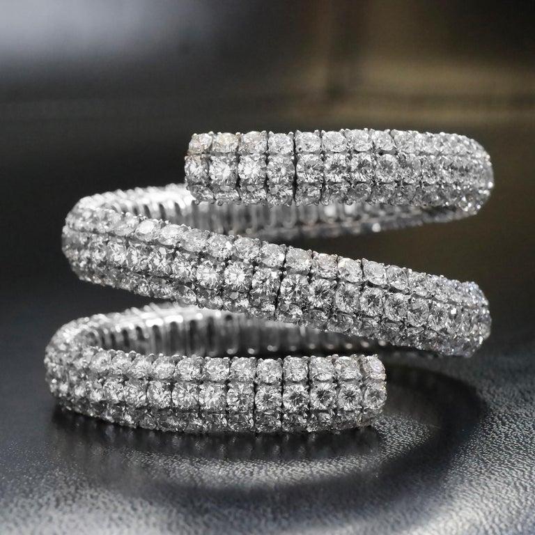 Artisan 100 Carat Diamond Wrap Bracelet in 18 Karat Gold, 321 Diamonds at 100.00 Carat For Sale
