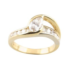 1.00 Carat Pear Shape Diamond 18 Karat Yellow Gold Engagement Ring