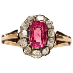 1.00 Carat Pink Spinel Yellow Gold Engagement Ring