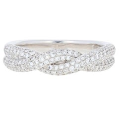 1.00 Carat Round Brilliant Diamond Ring, 18 Karat White Gold Twist Band