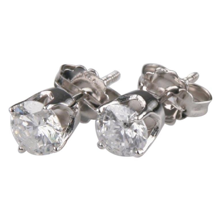 1.00 Carat Round Brilliant Diamond Stud Earrings Set in 14 Karat White Gold For Sale