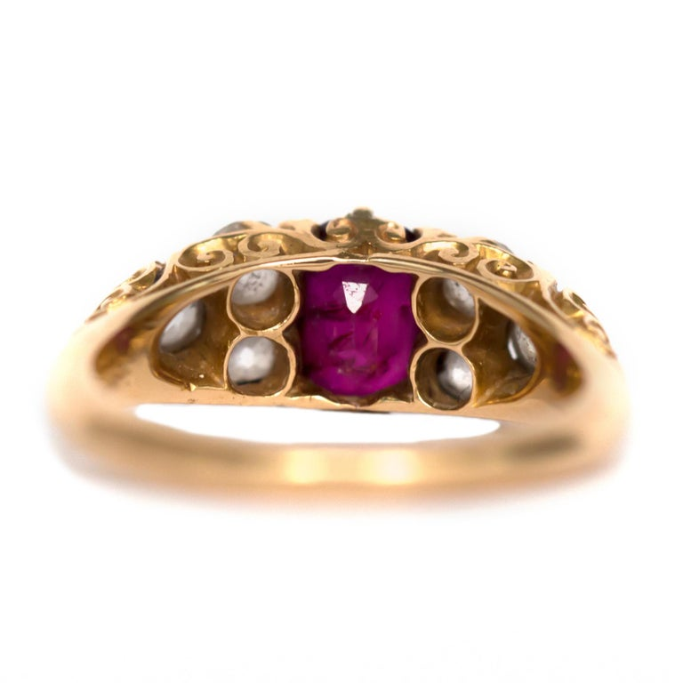 Ruby Engagement Rings For Sale: 1.00 Carat Ruby Yellow Gold Engagement Ring For Sale At