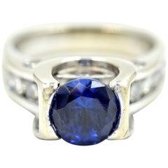 1.00 Carat Tanzanite and Diamond Ring 18 Karat White Gold