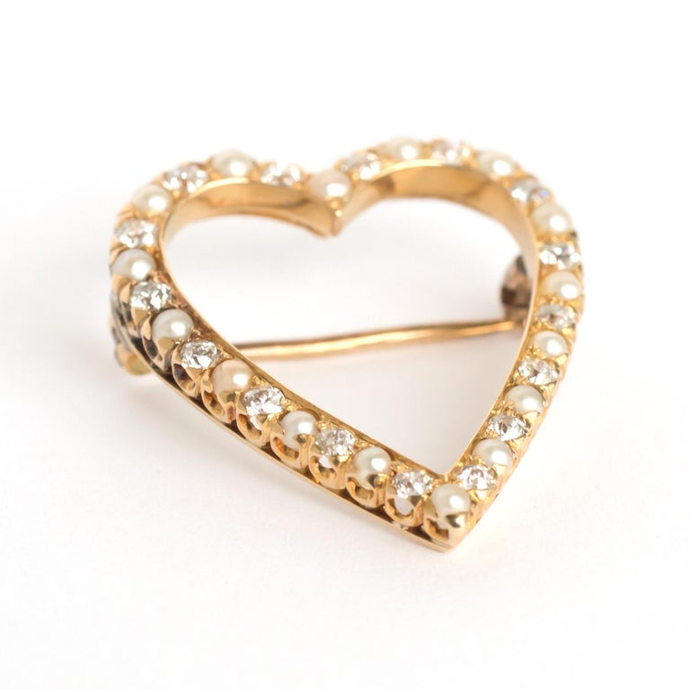 Item Details:  Metal Type: 18 karat Yellow Gold [Tested] Weight: 5.6  grams  Diamond Details: Weight: 1.00 carat, total weight Cut: Old European Brilliant Color: G Clarity: VS  Pearl Details: 1.00 carat, total weight,  Round, Natural   Condition: