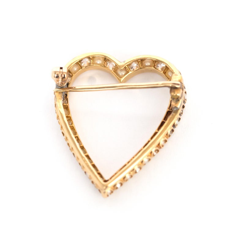 Women's or Men's 1.00 Carat Total Weight Diamond Yellow Gold Brooch For Sale