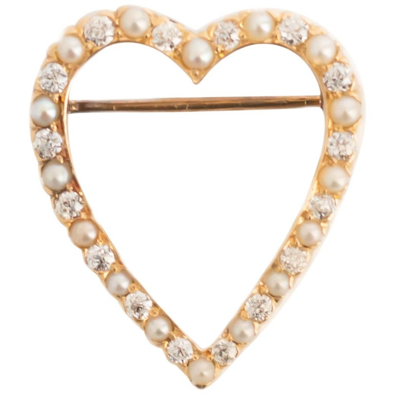 1.00 Carat Total Weight Diamond Yellow Gold Brooch For Sale