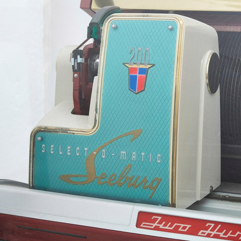 100-Record Retro American Seeburg Select-O-Matic V-200 Jukebox For Sale 5