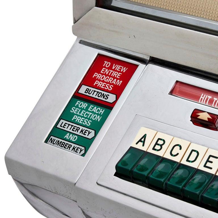 Modern 100-Record Retro American Seeburg Select-O-Matic V-200 Jukebox For Sale
