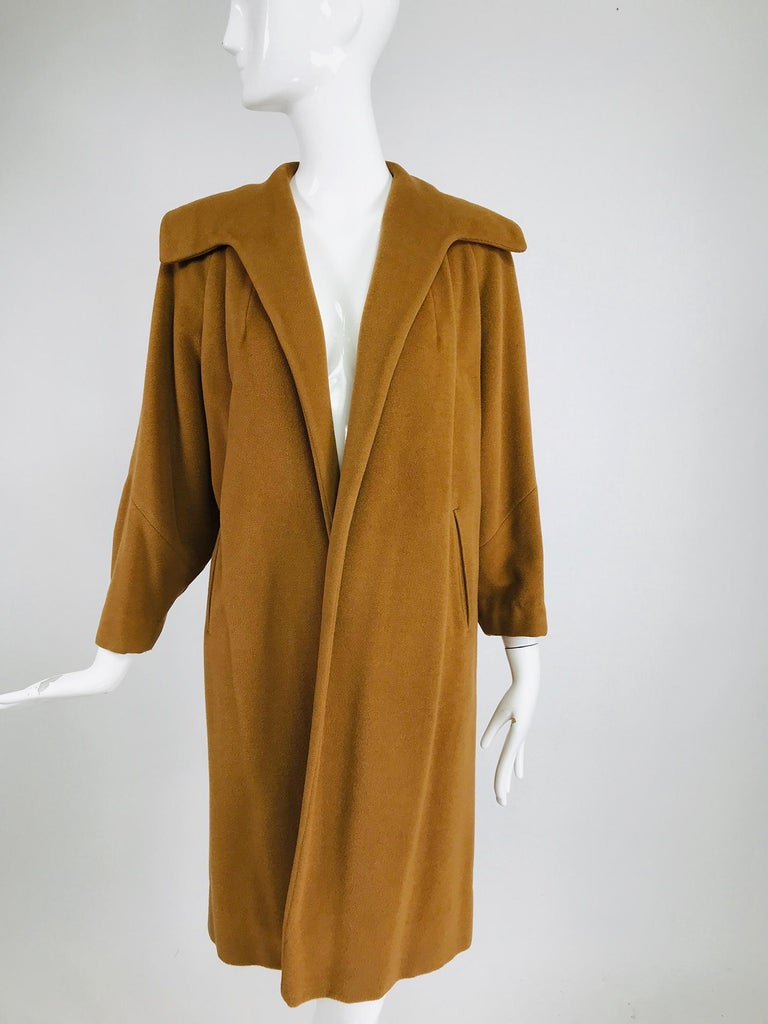 100% Vicuna 1950s Women's Coat in Tobacco Brown, Vintage For Sale 7
