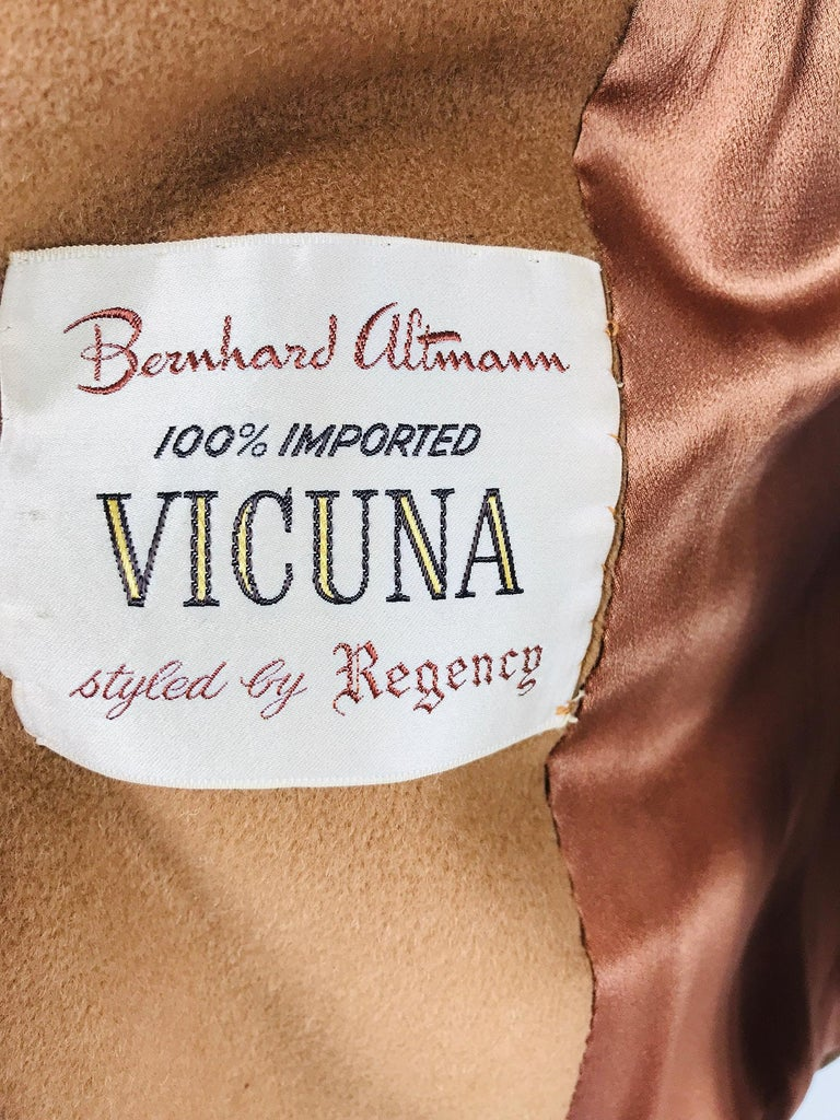 100% Vicuna 1950s Women's Coat in Tobacco Brown, Vintage For Sale 8