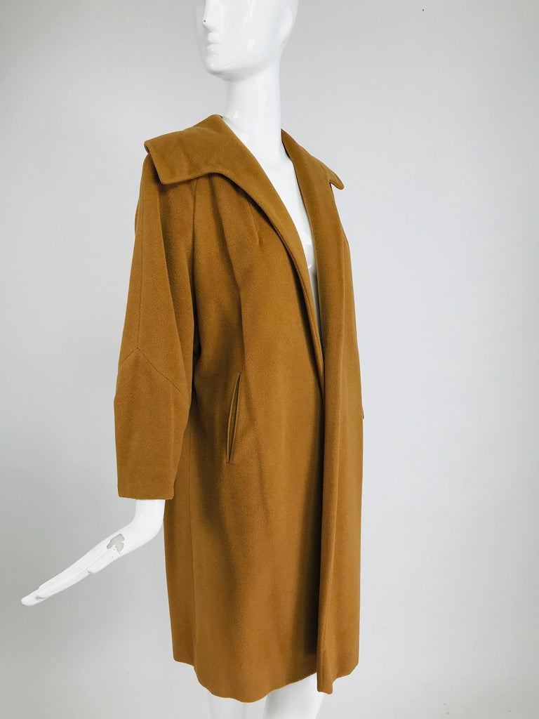 100% Vicuna 1950s Women's Coat in Tobacco Brown, Vintage For Sale 2