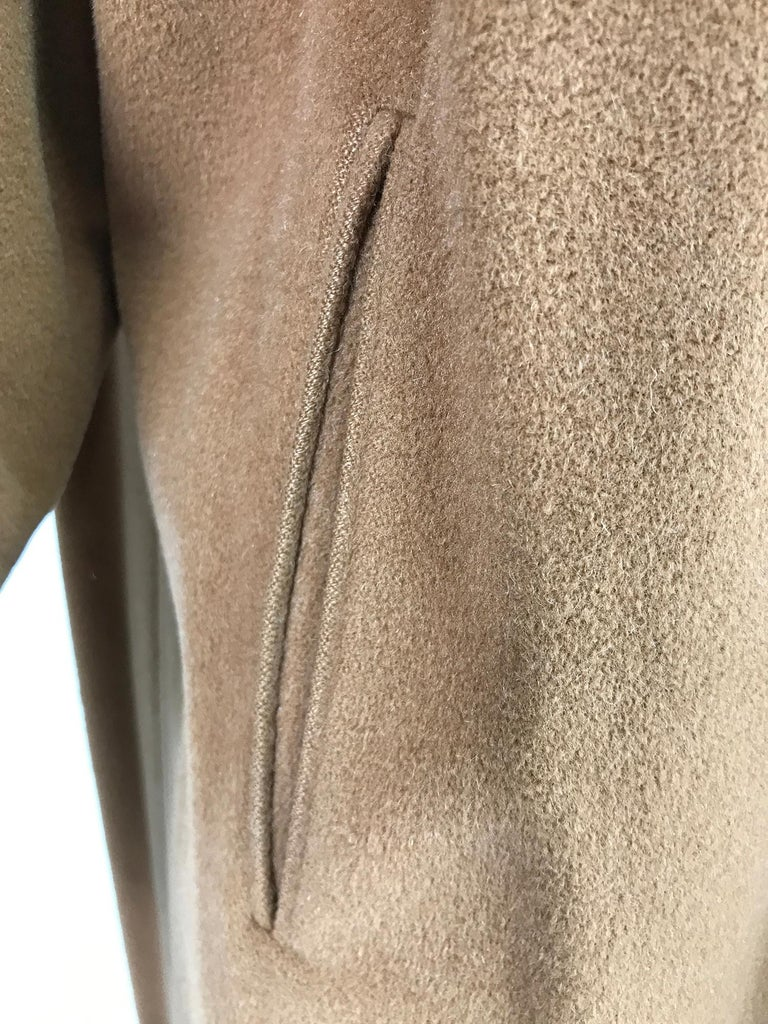100% Vicuna 1950s Women's Coat in Tobacco Brown, Vintage For Sale 5