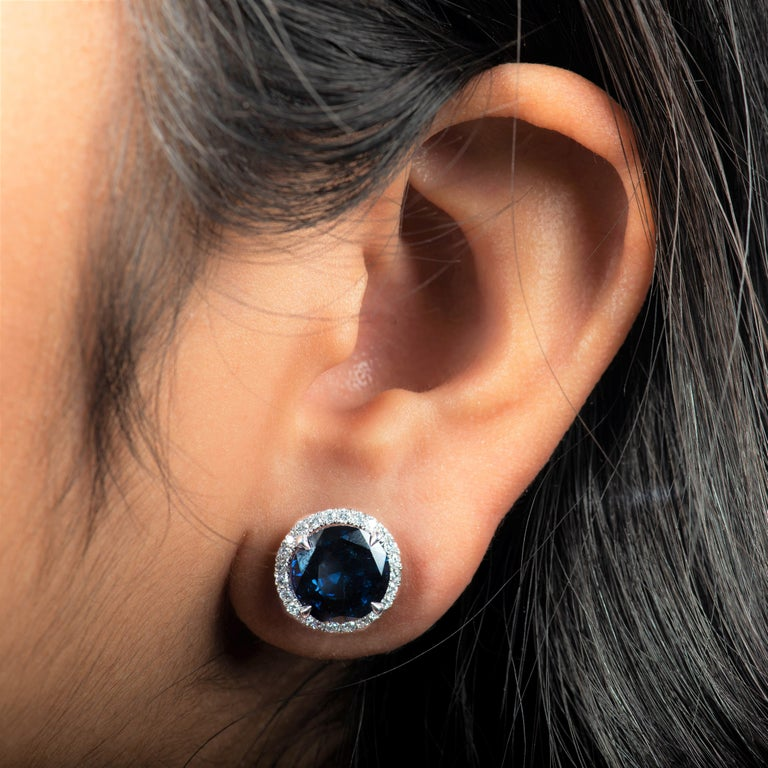 Round Cut 10.01 Carat Total Round Natural Blue Sapphires & Diamond Halo Stud Earrings, 18K For Sale