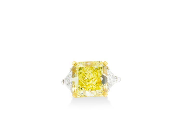 Modern 10.01 Fancy Yellow GIA Certified Radiant Cut Diamond Engagement Ring For Sale